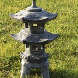 Japanse Lantaarn pagode Tuinbeelden Utrecht Veenendaal Tuinbeelden Veenendaal